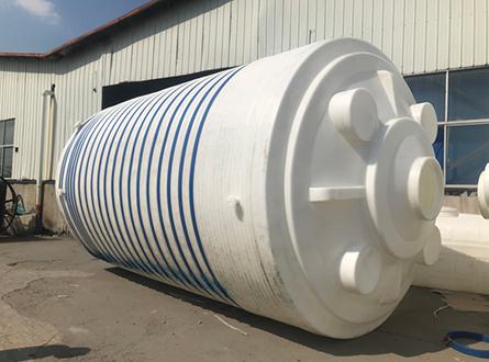 50吨塑料储罐